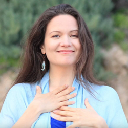 """Julia Mikk is coming! Internationally renowned healer, with a """"Breath of Love Breakthrough Experience"""", 8/8/21 2-5pm on Zoom-see calendar entry..."""