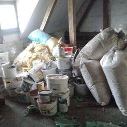 Entsorgung von Schadstoffen bei Entrümpelung, Garagen, Keller, Dachboden