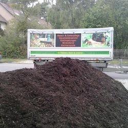 Lieferung von Kompostboden aus Kompostieranlage