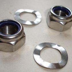 Engine bolt nut & washer kit.