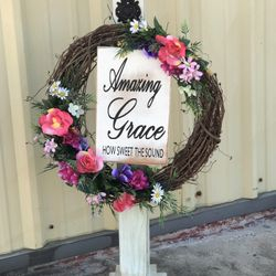 These beautiful porch post can be paired with a sign or wreath for any season or holiday.