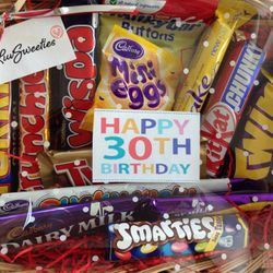 personalised customer hamper