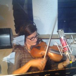 Jenee Fleenor Fiddle Tracks For Hire Online at Nashville Trax