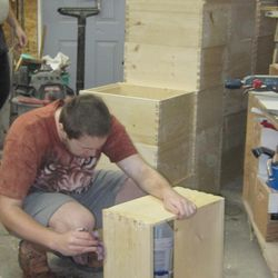 making bee hive boxes for bees
