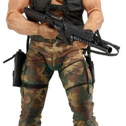 NECA 18 Inch 1/4 Scale Predators Movie Camoflage Dutch Action Figure