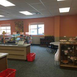 SUPERMARKET ROOM - LITERACY RICH ENVIRONMENT DESIGNED TO HELP STUDENT SCHOLARS DEVELOP A LOVE OF READING.
