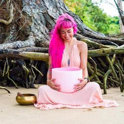 Lian Mosher- Sound Healer and Yogini