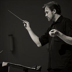 Tomi Raisanen, © 2011 Heini Lehvaslaiho