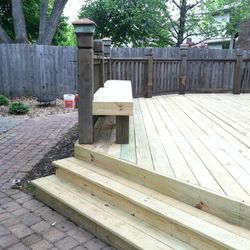 New deck step detail