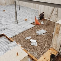 Installing Amic Insulation