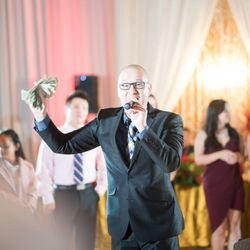 best wedding mc, dj, emcee Duy, bilingual in Vietnamese & English.