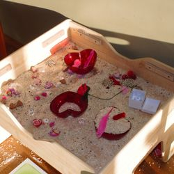 Cinnamon scented rice & Valentine loose parts