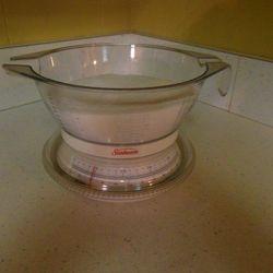 Making Sugar flotation mix 1 lb sugar to 12 oz water simple scale