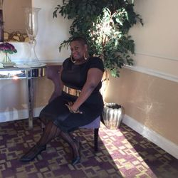 Jometra Pinesette, Business Manager & Background Vocalist