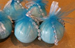 YEMAYA SURPRISE BATH BOMBS