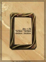Art. 1.75