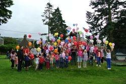 Balloon release - going...