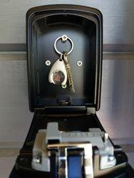 Koodillinen avainkaappi