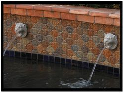 ATQ Lion Head Fountain w/ Capri Deco