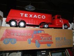 Texaco w/orig. box truck