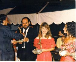 Antonio Marcenò e Stefania Bonfadelli ritirano il premio Il Gabbiano d'oro - Fregene 1986