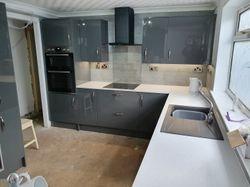 Wren Infinity Grey gloss kitchen pic 1