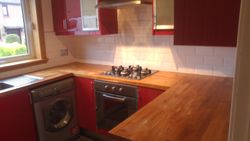 Kitchen worktop replacement solid wood to be removed pic 1 of 4