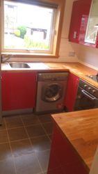 solid wood worktops to be removed and replaced pic 2 of 4