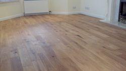 Galleria solid rustic oak floor pic 2