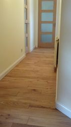 Hall to bedroom pic 3