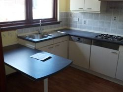 Kitchen to be removed and upgraded to Stevenswood Broadoak Natural pic 1 of 5