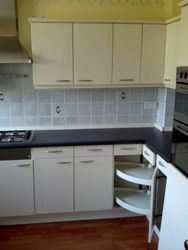 Existing kitchen to be upgraded pic 2 of 5