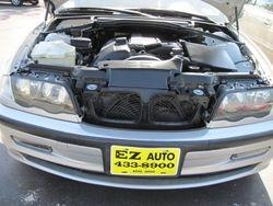 2001 BMW 325i front after