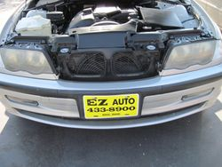 2001 BMW 325i front before