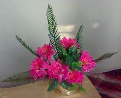 fan shaped flower arrangement