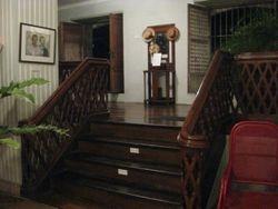 Lower Stairway