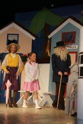 Tobias, tante Sofie, og Kamomilla