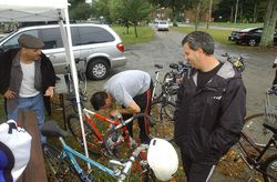 Mark, Scott & Rich checking out bikes before the ride
