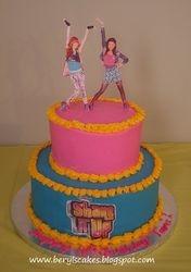 Shake it up Chicago cake