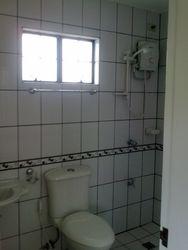 master's toilet/bath