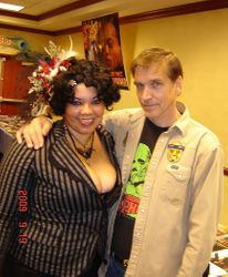 """me with Bob Knowles (""""Otis"""" of House of 1,000 corpses)"""