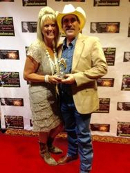 Red Carpet After Awarded 2015 Traditional Country Male Artist of the Year!