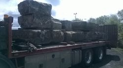 The stone arrives 09/05/2014