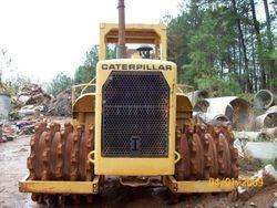 1980 CAT 815A  Compactor, Packer, Cab, Blade