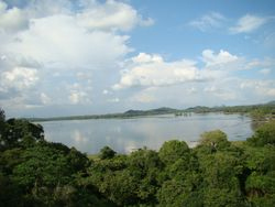 Overlooking Kandalama River
