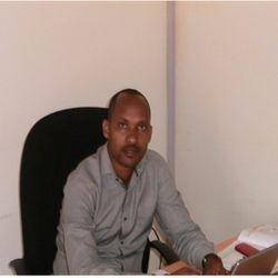 Dr alfred Bizoza