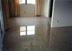 Floor Stripp/waxed