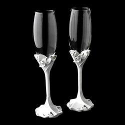 Charming Love Wedding Toasting Champagne