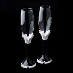Fabulous Black & White Vintage Toasting Champagne Flutes