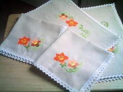 table mats and napkins